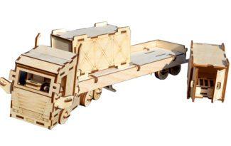 Конструктор «Грузовик с прицепом» + 2 контейнера